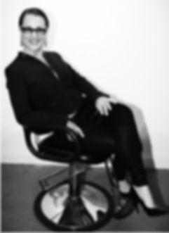 yai yai professional salon pic in chair