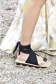 square shoes.jpg