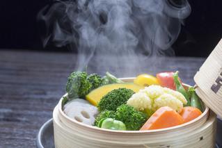 Comment cuire les aliments en conservant les vitamines et minéraux?