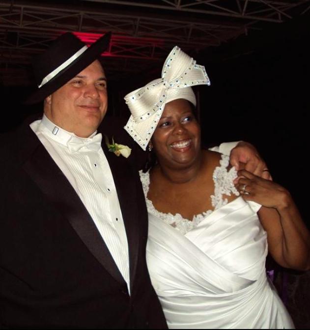 This Couple is sooo happy!