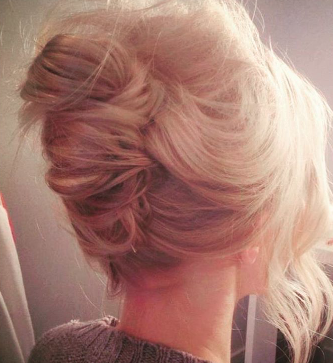 super sloppy Chignon