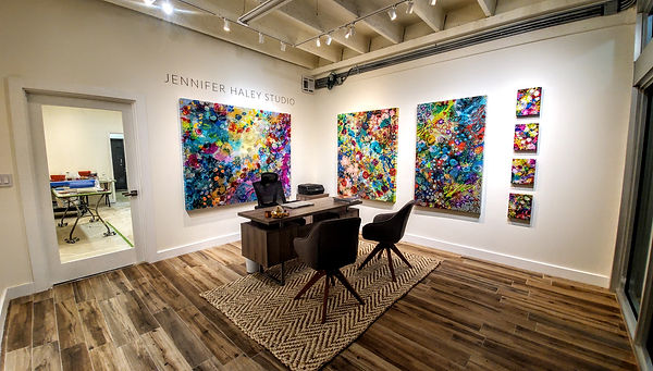 Jennifer-Haley-Studio-interior-reight.jp