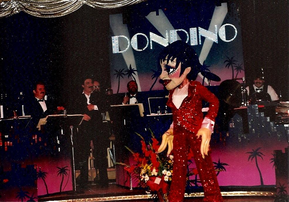 Liza Minelli puppet act Dondino