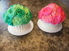 Twins Smach Cakes