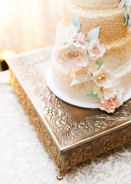 Gold Ombre Wedding Cale
