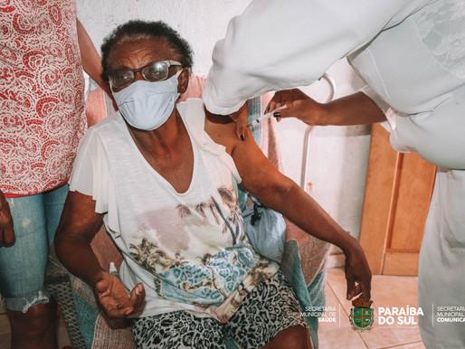 Prefeitura de Paraíba do Sul inicia vacinação em idosos a partir de 86 anos