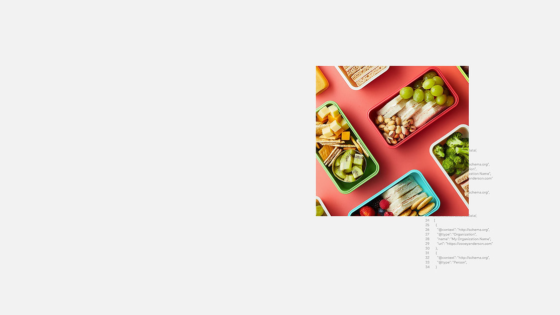 Une image de nourriture emballée de manière esthétique, d'un site qui vend des paniers de pique-nique.