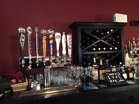 Bar & Restauraunt in Buffalo, NY | 2 Forks Up