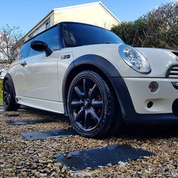 Better clean the wife's car_#minilife #wifescar _www.northvaleting.co