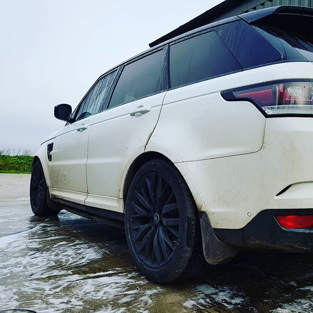 A beast _#rangeroversvr #rangerover #mobilevaleting #valeting #cornwall _www.northvaleting.co