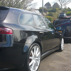 Instagram - Gold valet and a layer of #chemicalguys jet seal#mobilevaleting cov