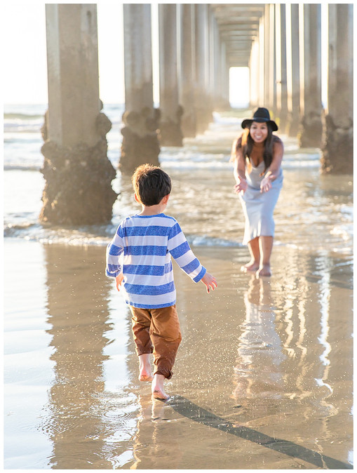 Family Photography at Scripps Pier in La Jolla