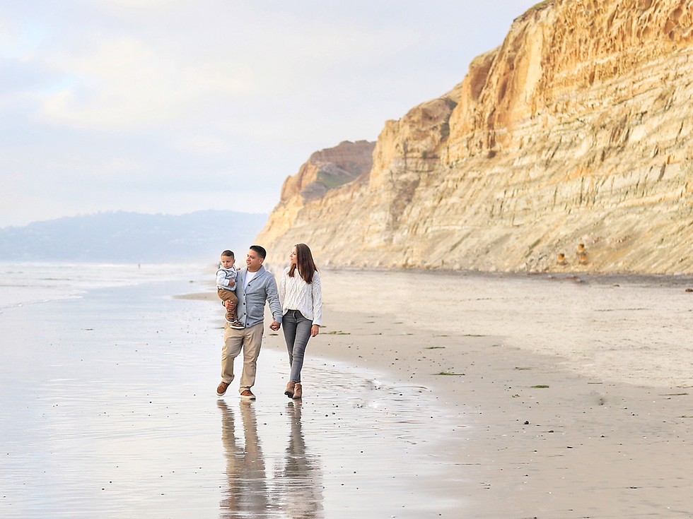 Torrey Pines family photo in San Diego