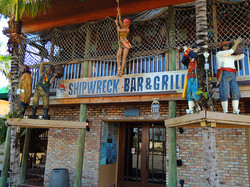 Shipwreck Bar and Grille Restaurant