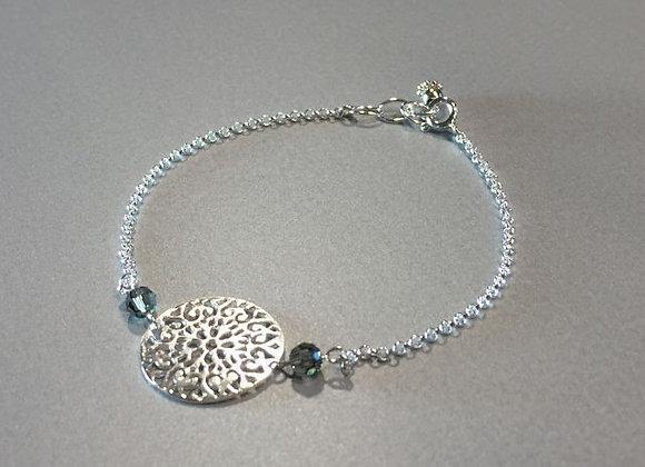 Silberarmband mit Ornament und Swarovskis