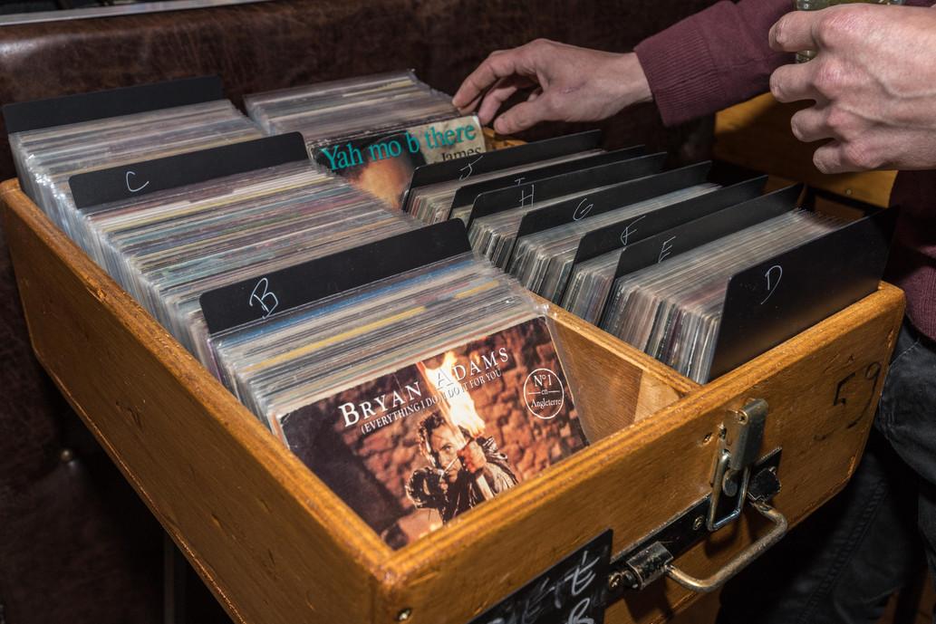 Bar à Vinyles Buzzprod.jpg
