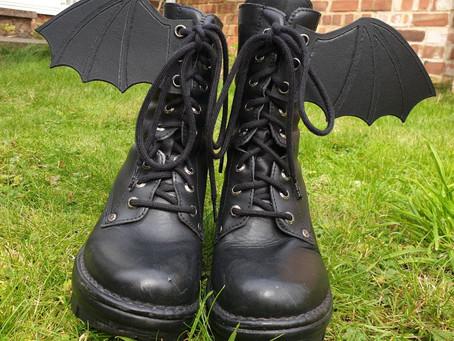 Treasure Knot - Bat Boot Wings