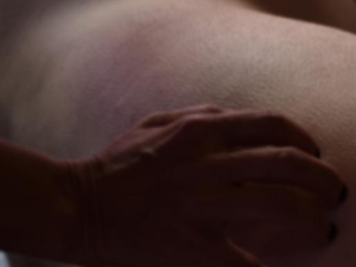 Qual é adiferença entre massagem tântrica terapêuticae amassagem erótica?