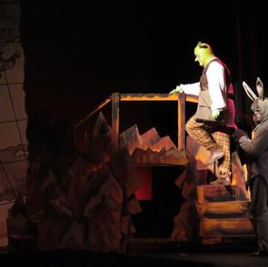 Donkey & Shrek Climb Bridge