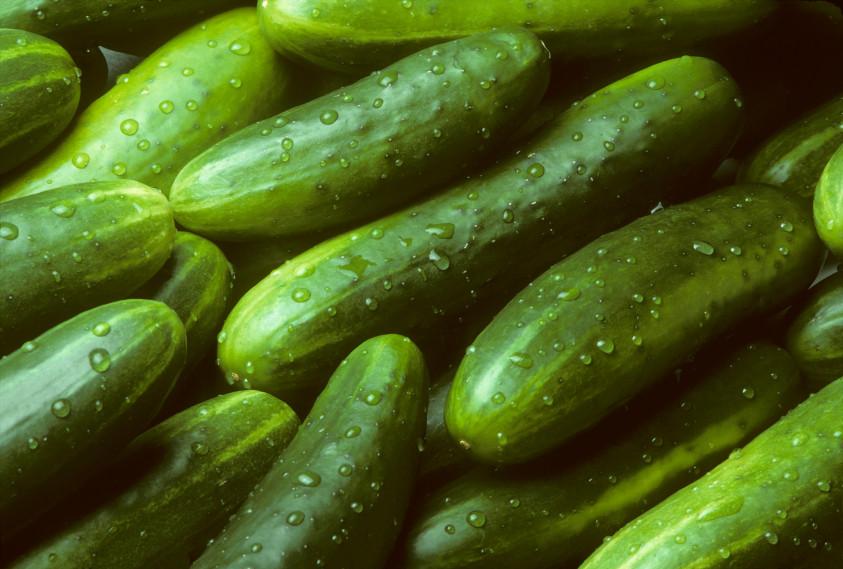 Pile-of-fresh-cucumbers-lying-diagonally