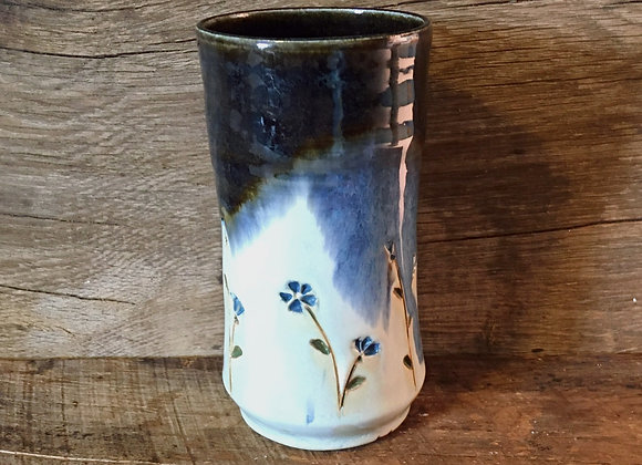 Blue Flowers Pint Glass