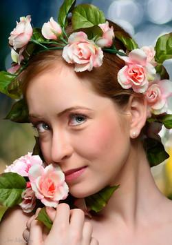 Laura in Roses