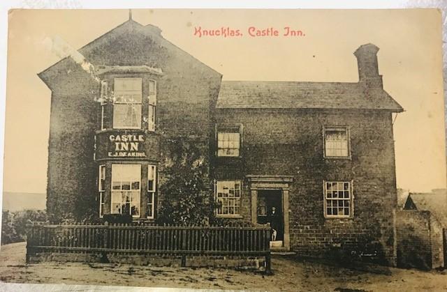 old pic castle inn 2.jpg