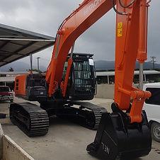 Hitachi 20T Excavator CJ Industries.jpg