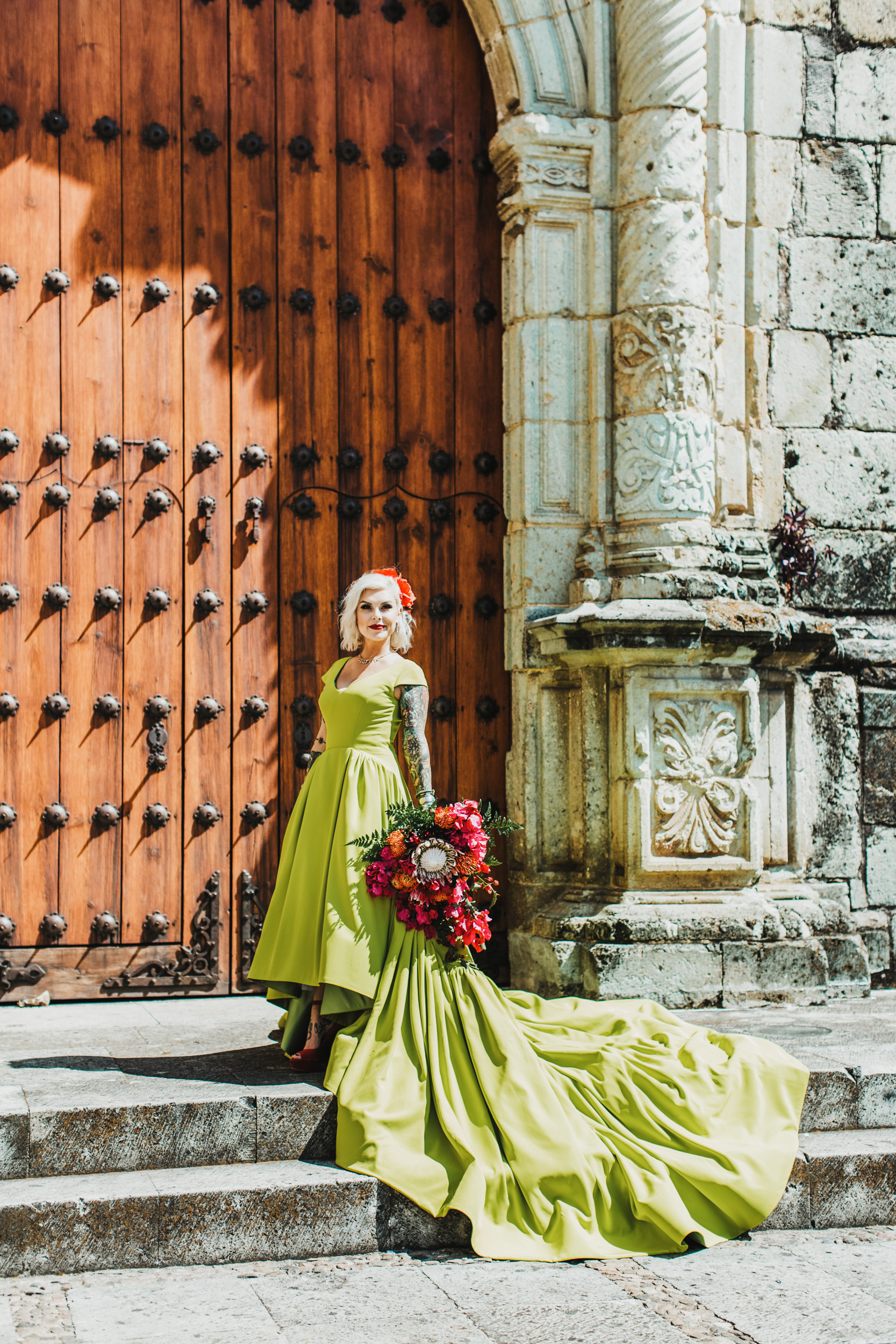 wedding photography at Church of Santo Domingo de Guzmán