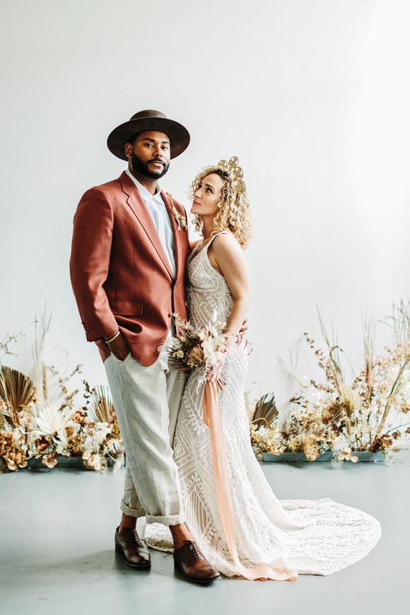 bohemian couple natural wedding photography