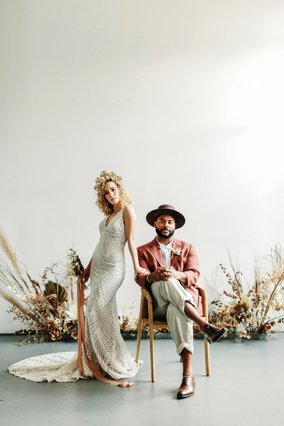 indie bride and groom minimalistic elopement photography