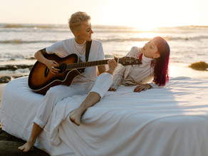 elle & missa | same-sex sunset session at the beach (with a mattress!)