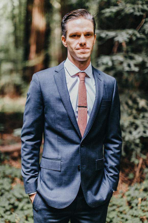 groom portrait glen oaks wedding photographer