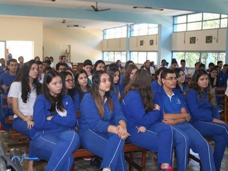 Mesa Redonda - Colégio Imaculada Conceição