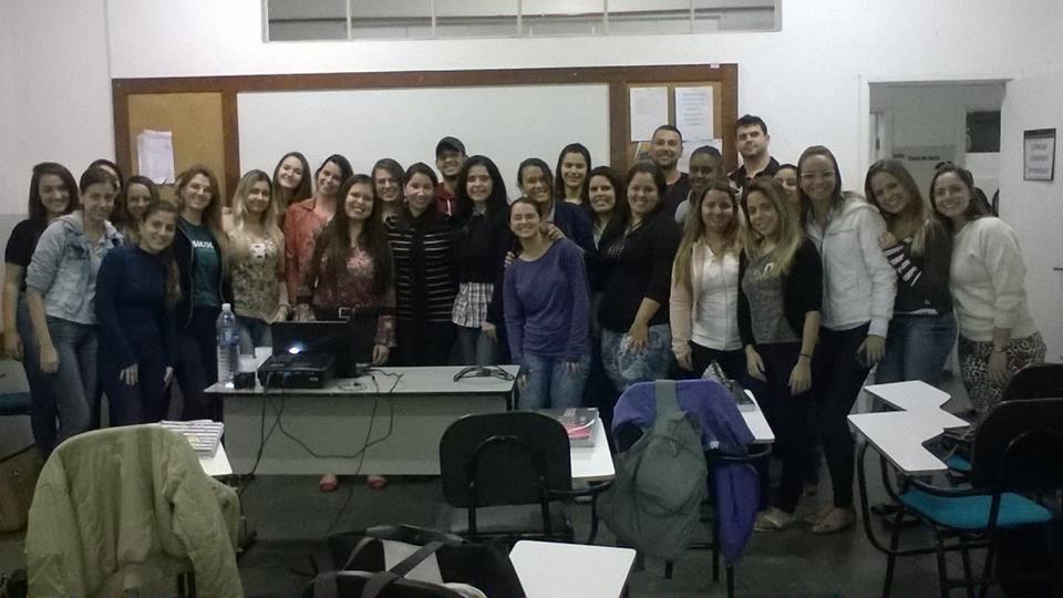 Turma de Ciências Contábeis, palestrante Célia Garcia e Professora Liliane Mendonça.