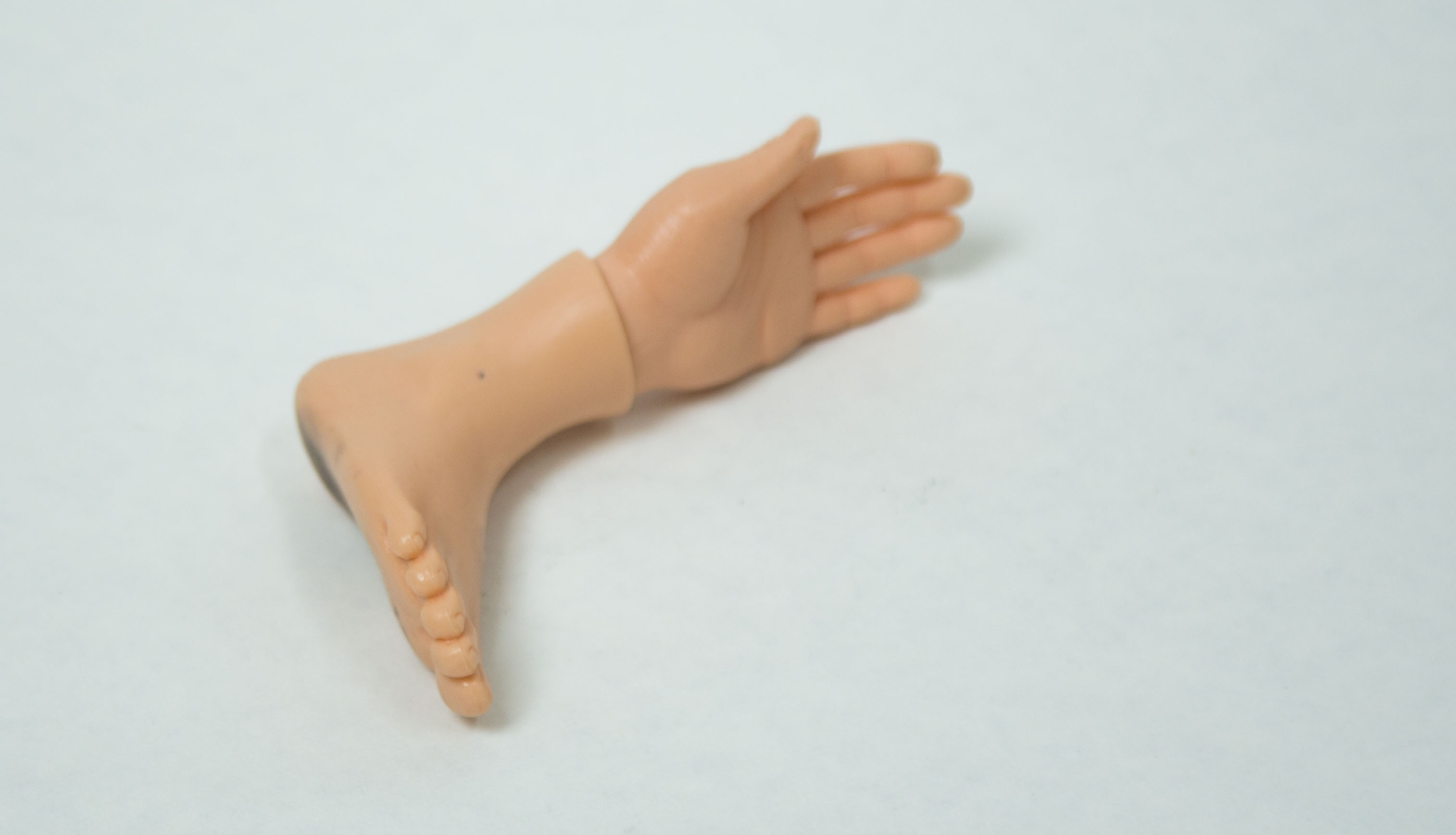 Hands in Feet