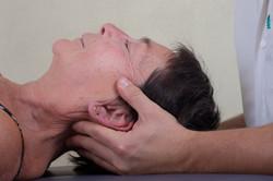Traction et libération cervicale