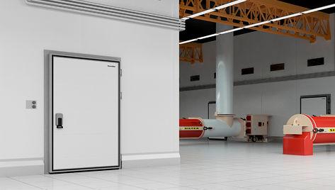 двери для охлаждаемых помещений.jpg