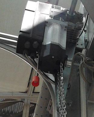 осевой электропривод ворот.jpg