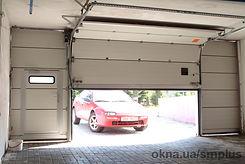 ворота гаражные секционные подъемные