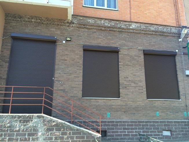 роллы на окна и двери 2