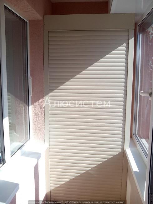 Роллета на балкон г. Сосновый бор.jpg