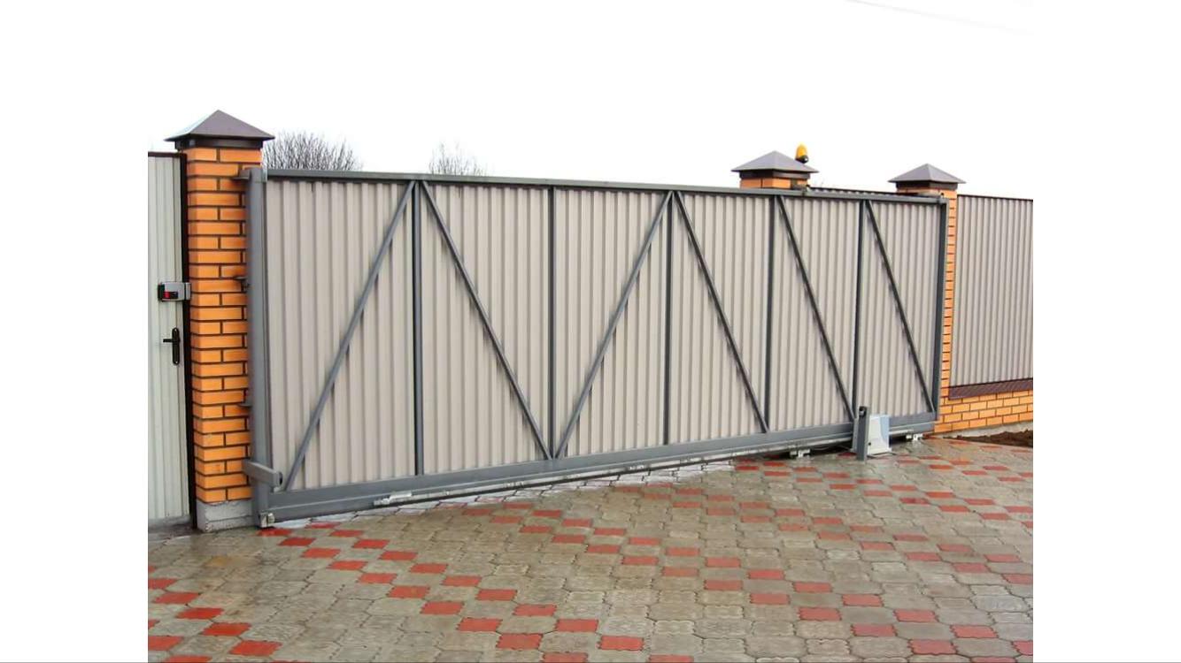 сдвижные ворота с профнастилом