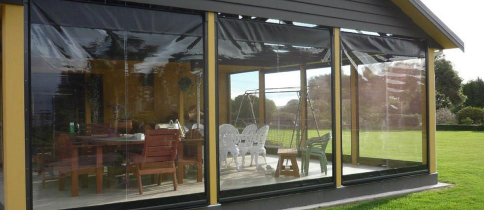 веранда окна из пленки.jpg