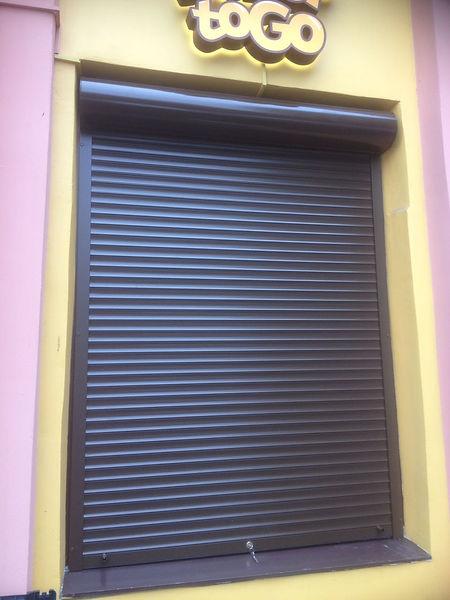 жалюзи защитные металлические на окна.jp