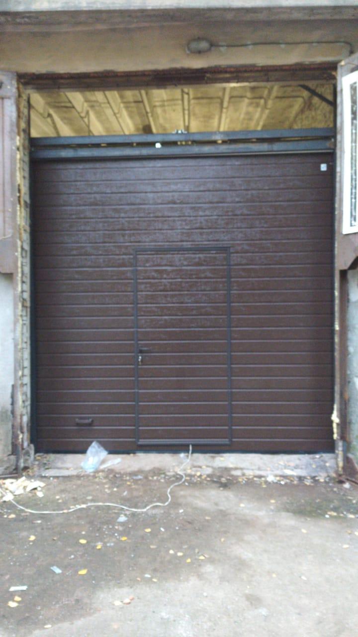 секционные ворота муринский