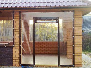 входная дверь в мягком окне.jpg