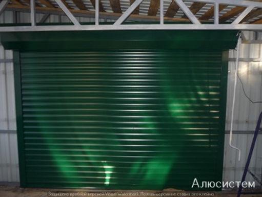 гараж с роллетными воротами.jpg