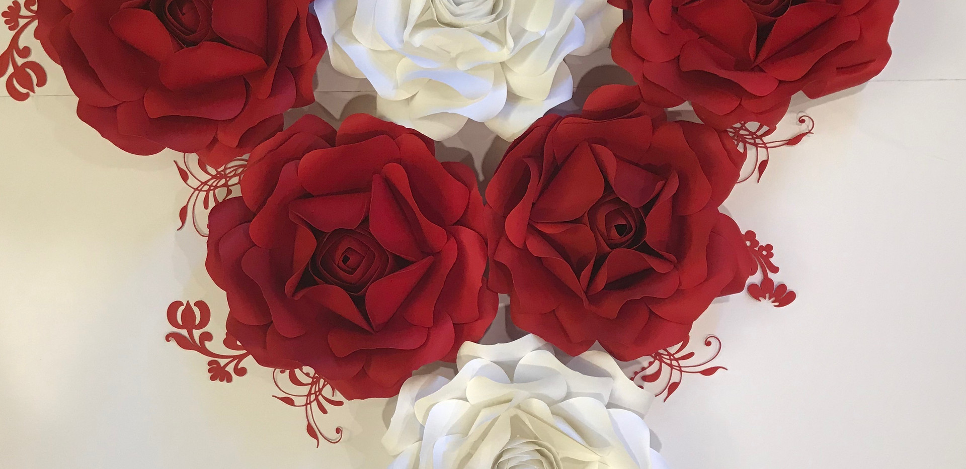 White & Red Roses Set