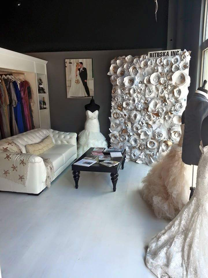 Posh Couture Store Display